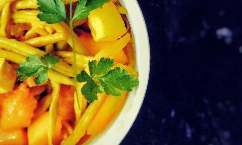 Curry z dynią i fasolką szparagową