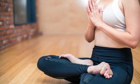 Zespół napięcia przedmiesiączkowego (PMS) a sport