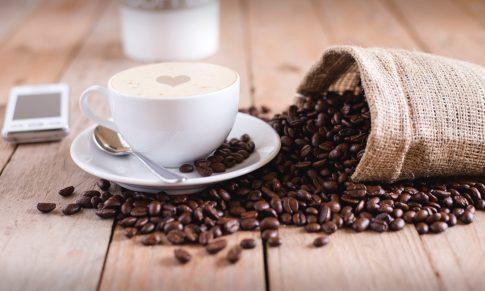 To jak jest z tą kawą – zdrowa czy niezdrowa?
