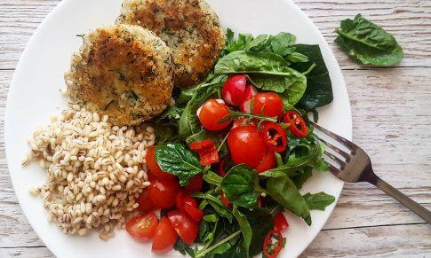 Co jeść, kiedy nie mamy czasu (i ochoty) na gotowanie?