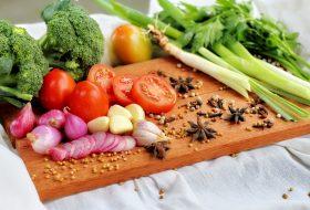 Przykład jadłospisu wegańskiego na 2600 kcal